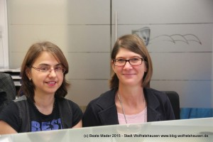 Andrea Aslanidis (rechts) Claudia Kellner, Bürgerbüro Stadt Wolfratshausen (c) Beate Mader www.blog.wolfratshausen.de